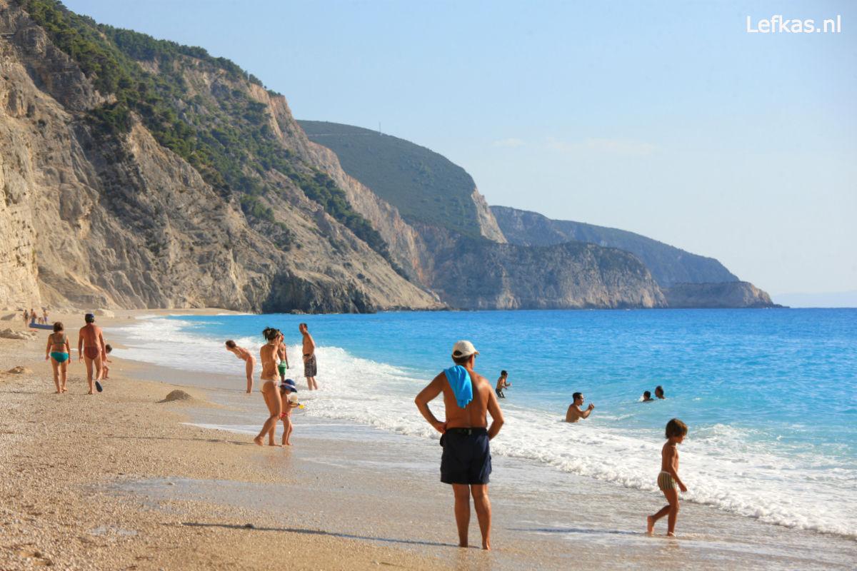 Lefkas-vakantie-Egremni-beach-1200