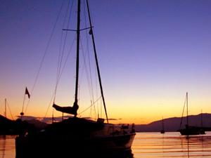 Lefkas weer en klimaat zonsondergang bij Nidri.